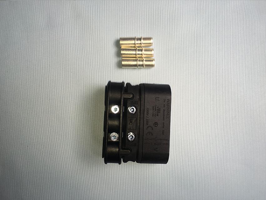 焊接电源插头(母)新